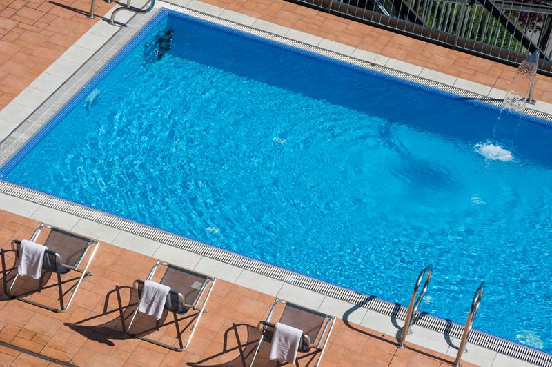 Valle camonica hotel oasi verde vacanze montagna lombardia - Hotel in montagna con piscina ...